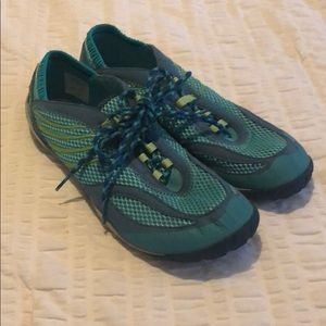 Like New Merrell Barefoot Sneakers